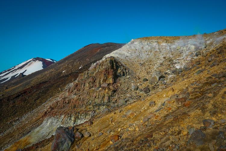 Ascension vers le Tongariro Alpine Crossing - Nouvele Zélande